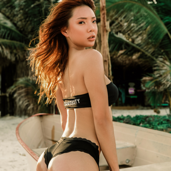 Ayumi+Anime+bikini+bodies+instagram